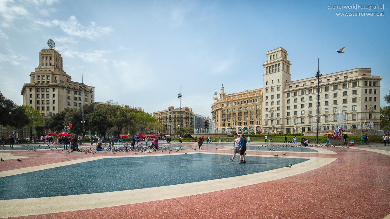 Ein tag in barcelona sehensw rdigkeiten touren tipps - Placa kennedy barcelona ...