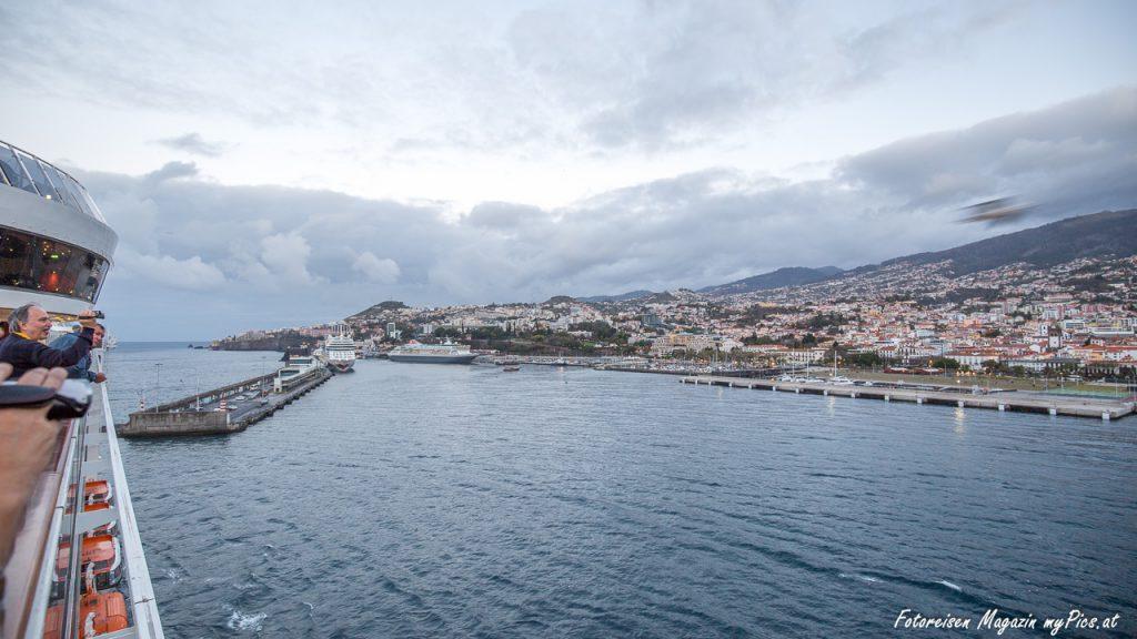 Kreuzfahrtschiff Hafen Funchal Nadeira
