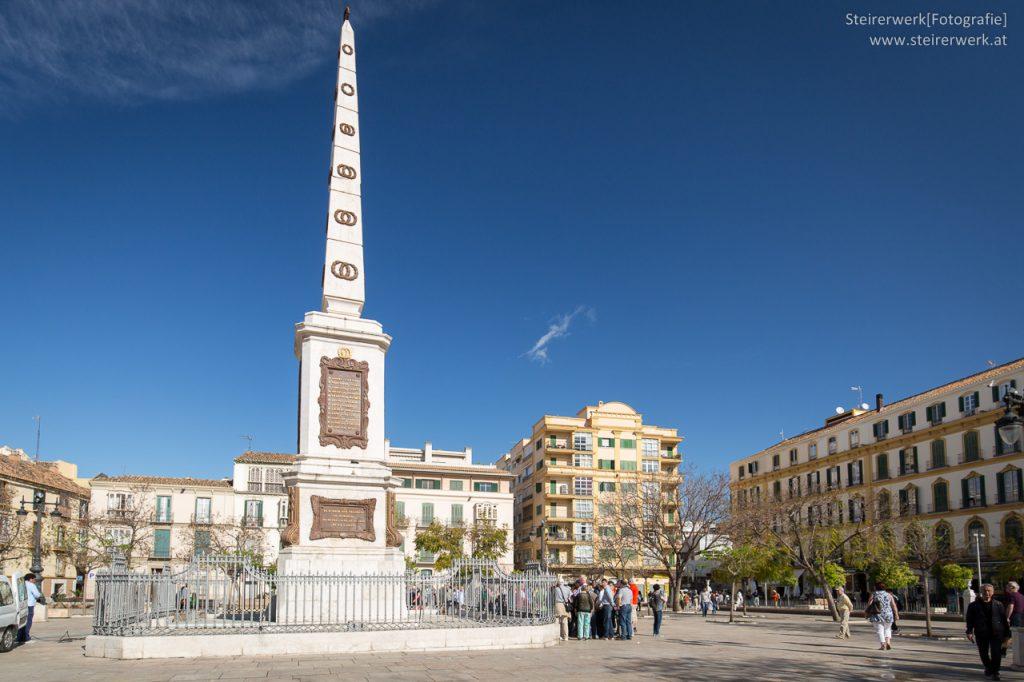 Plaza de la Merced & Torrijos Denkmal
