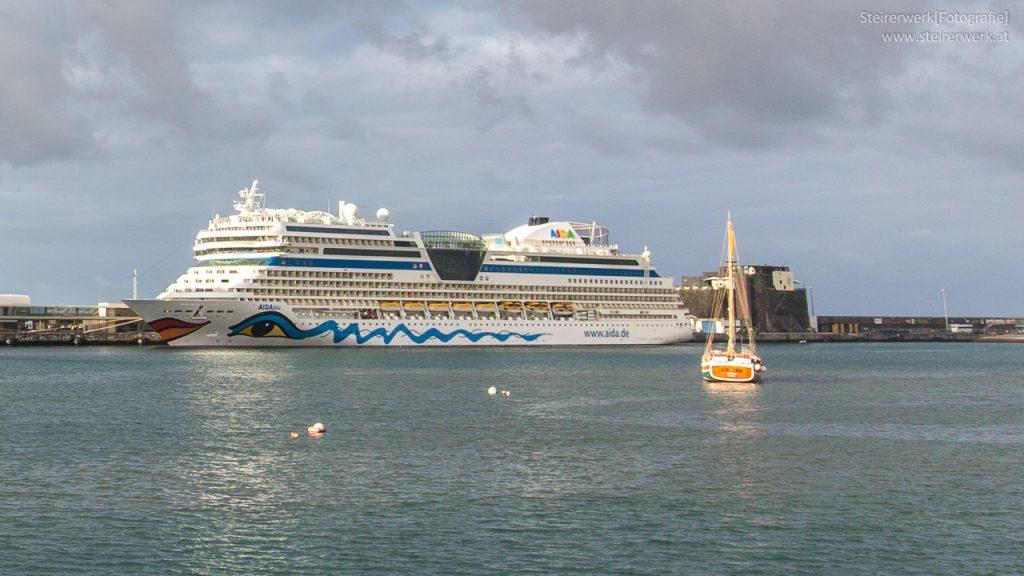 Telefonieren am AIDA Kreuzfahrtschiff
