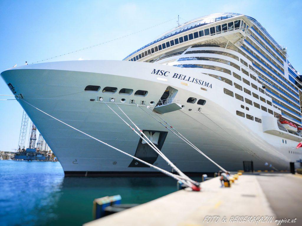 MSC Bellissima im Hafen