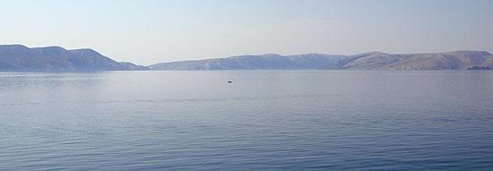 Insel Krk in Kroatien aus der Ferne
