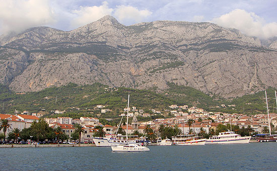 Hafen und Stadt Makaskar